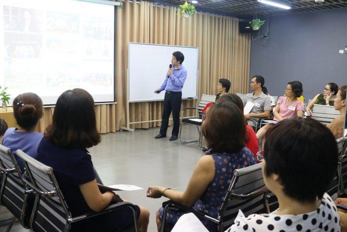 Chuyên gia Đỗ Hùng chia sẻ trong Hội Thảo cùng con vào 10