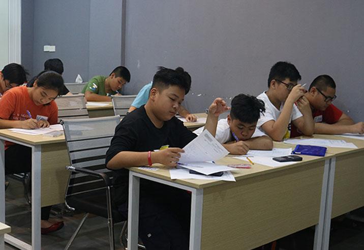 Học sinh được làm bài test kiến thức thực tế tại Novateen