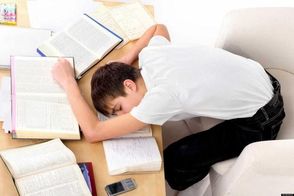 Học văn sai phương pháp sẽ bào mòn tính cảm thụ của mỗi học sinh