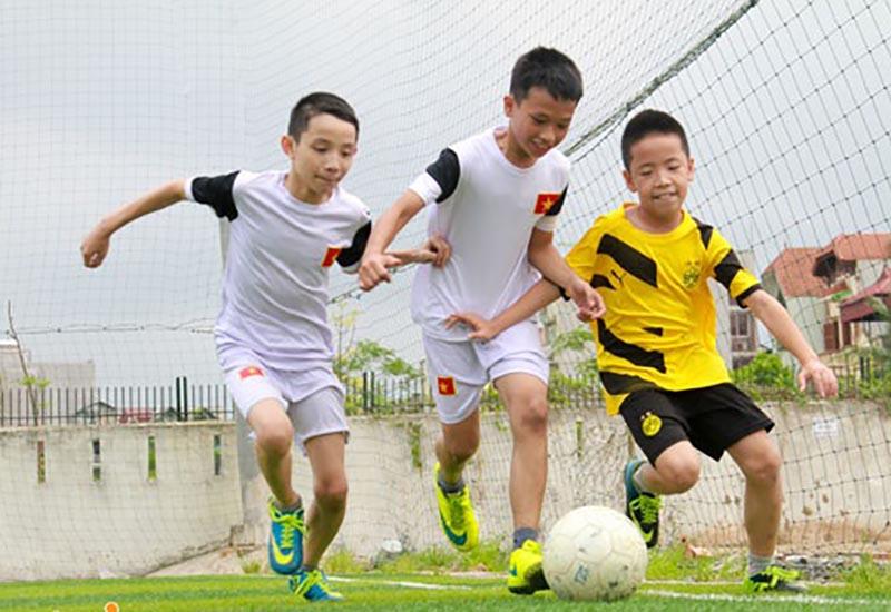 Khuyến kích trẻ chơi thể thao để tăng cường sức khỏe