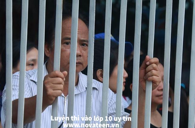Nhiều phụ huynh gặp bế tắc khi Hà Nội chưa công bố phương án tuyển sinh vào lớp 10 chính thức