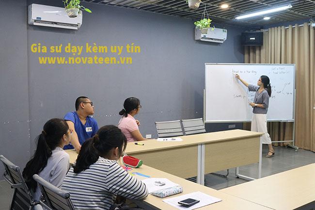 Novateen có đội ngũ thầy cô giáo gia sư dạy kèm uy tín hàng đầu Hà Nội