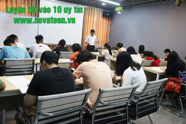 trung tâm luyện thi vào lớp 10