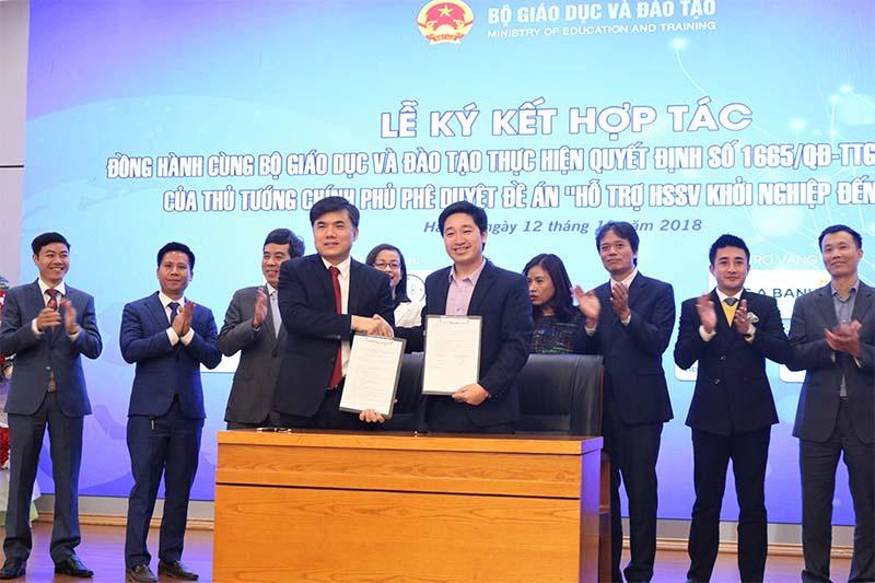 Novaedu ký hợp tác với Bộ GD&ĐT