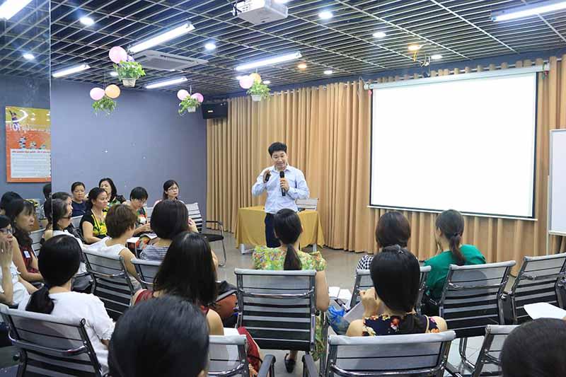 Novateen thường xuyên tổ chức các buổi hội thảo về các chuyên đề hữu ích cho các bậc phụ huynh