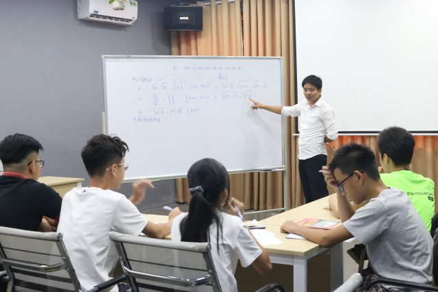 Trung tâm ôn luyện chất lượng Novateen - Giáo dục cam kết chất lượng.