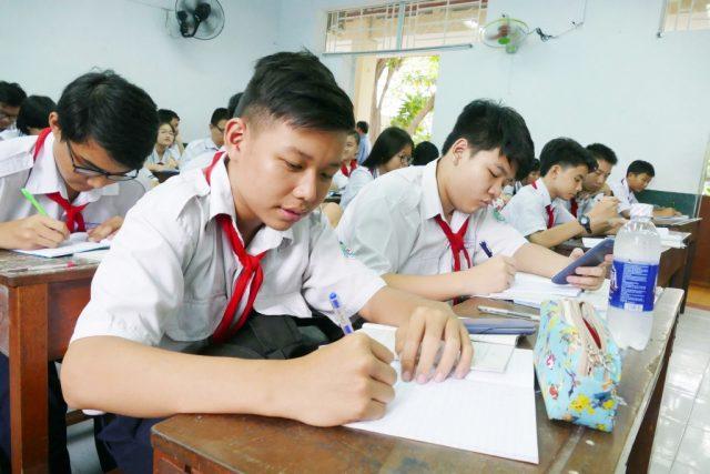 Thời điểm này là lúc nhiều học sinh ra sức nỗ lực học tập.