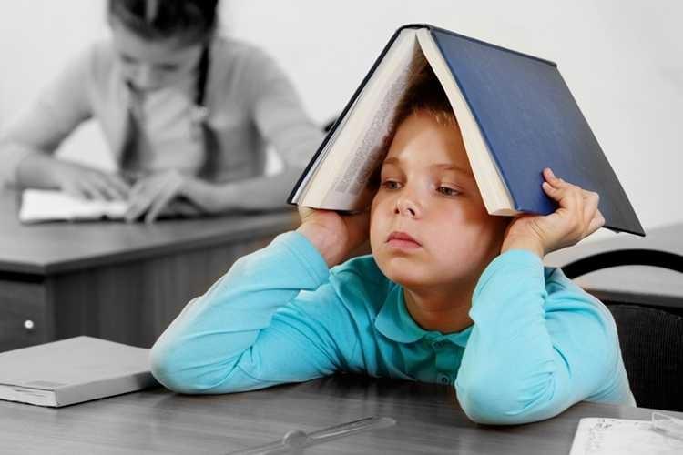 Trẻ cảm thấy mệt mỏi khi đến lớp học thêm
