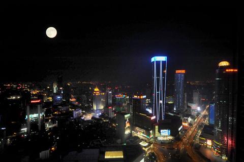 Ánh trăng của Nguyễn Duy